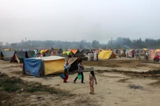 The situation in relief camps like Malakpur is  still tense [Sonia Paul/Al Jazeera]
