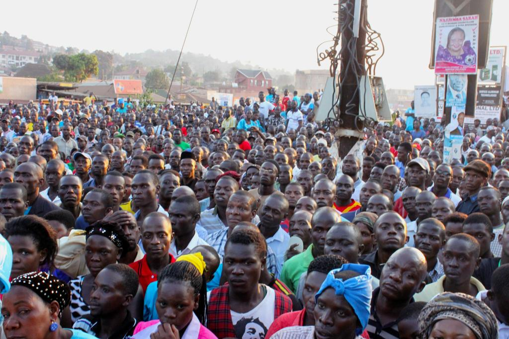 Crowds gather in Kampala for a political rally sponsored by the Forum for Democratic Change, Uganda's leading opposition party. Photo: Sonia Paul