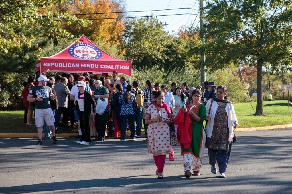 Indian Americans arrive for the celebration. Photo by: Sara Hylton
